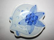 flower-patterned wall plate(B-1)
