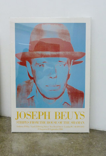 Joseph Beuys, Stripes from the house of the shaman