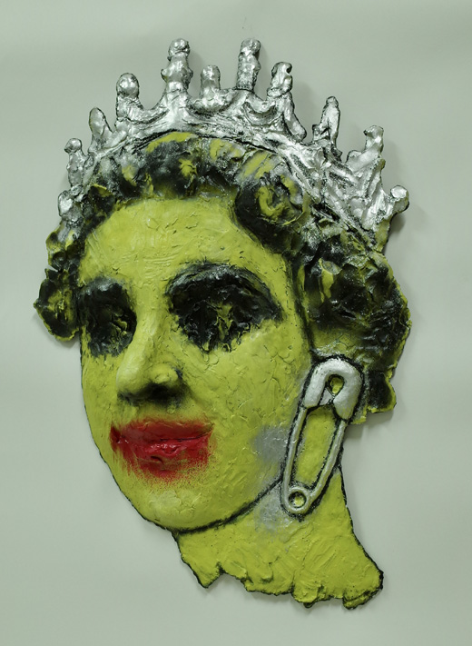 QUEEN (SAFETY-PIN/Yellow)